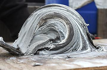 آماده سازی چسب سنگ مگاپوکسی